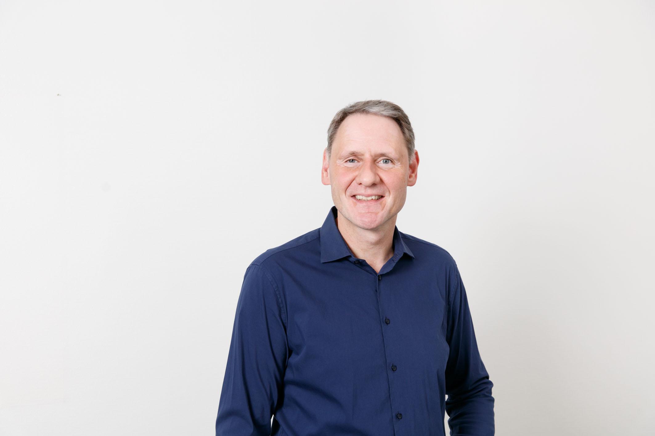 Zahnarzt in Aachen   Prof. Dr. Joachim Tinschert